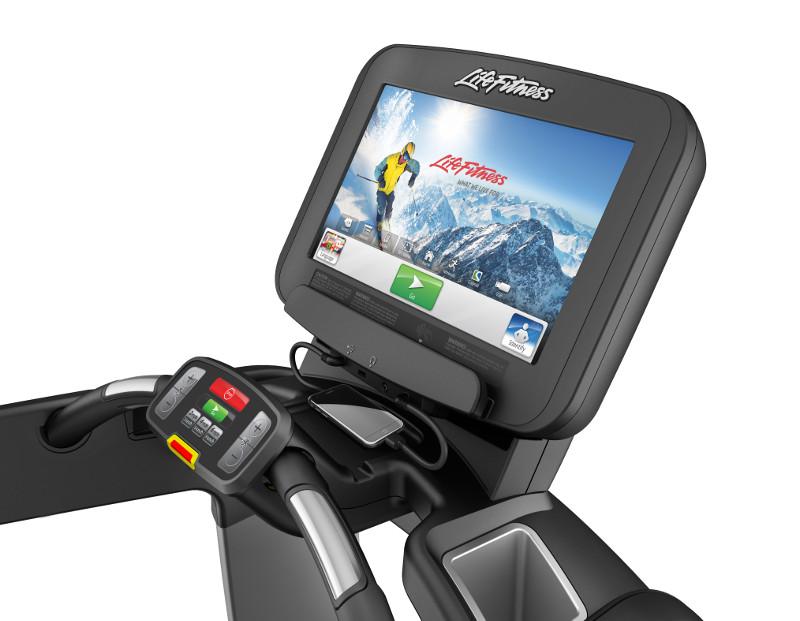 Discover-SE-Treadmill-console-w-iPod